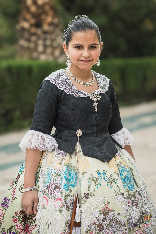 Lucía Sierra Madolell ()
