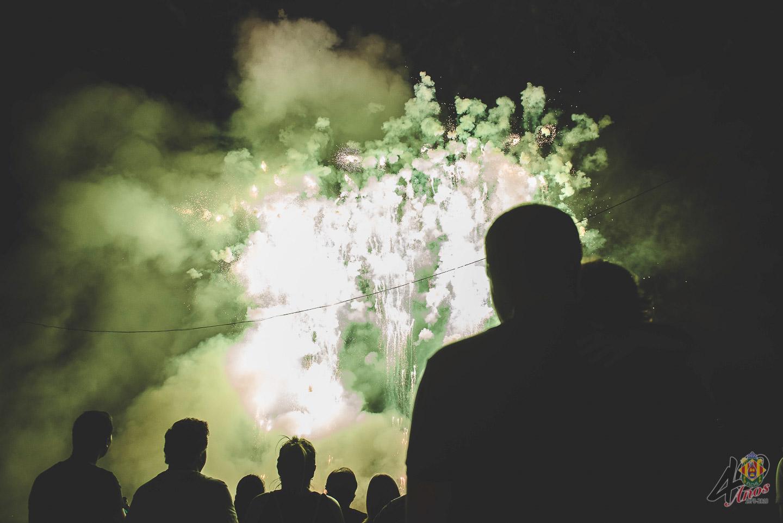 Cridà a la festa y Mascletà Vertical nocturna